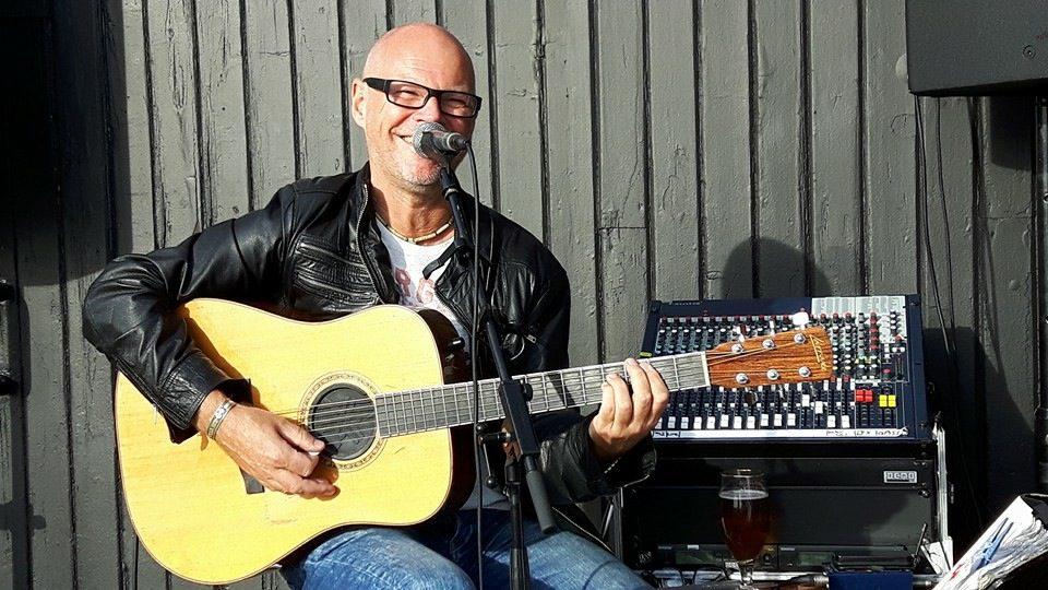 Trubadurer & Entertainers: Mikael Mille Andersson